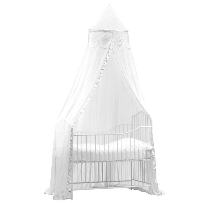 kinderzimmer baldachin in weiss mit kunstvoller blumen. Black Bedroom Furniture Sets. Home Design Ideas