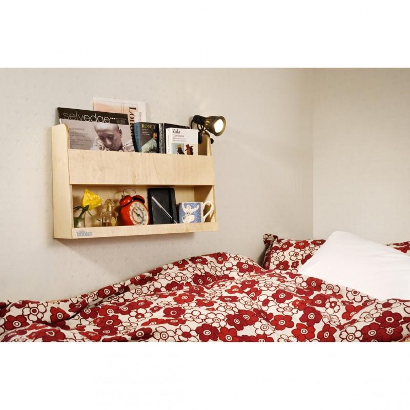 aufbewahrung im kinderzimmer wandregal f rs hochbett als nachttisch ersatz natur aus holz. Black Bedroom Furniture Sets. Home Design Ideas