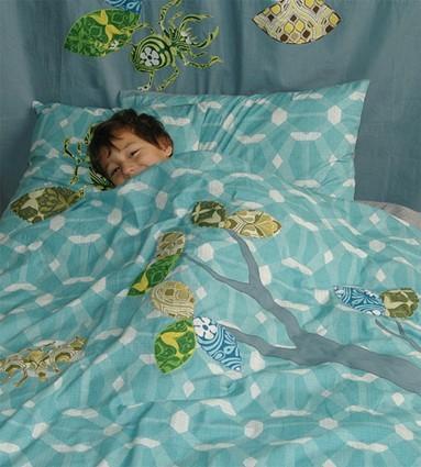 kinderbettw sche oder jugendbettw sche tapeteninsekten blau 100 x 135 oder 135 x 200 cm. Black Bedroom Furniture Sets. Home Design Ideas