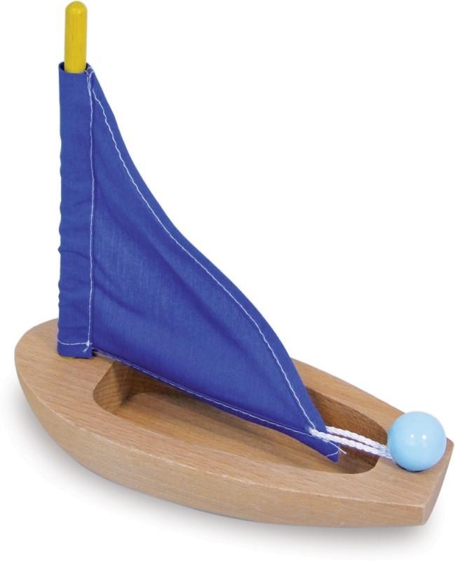 spielzeug f r draussen kleines segelboot aus holz gelb. Black Bedroom Furniture Sets. Home Design Ideas