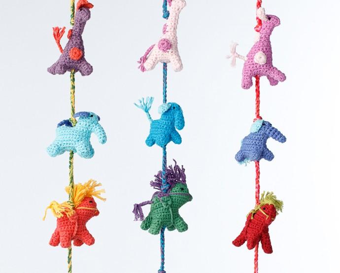 Kindertapeten Mit Tieren : mit dekorativer H?kelkette mit Tieren von Peppa, Fair Trade