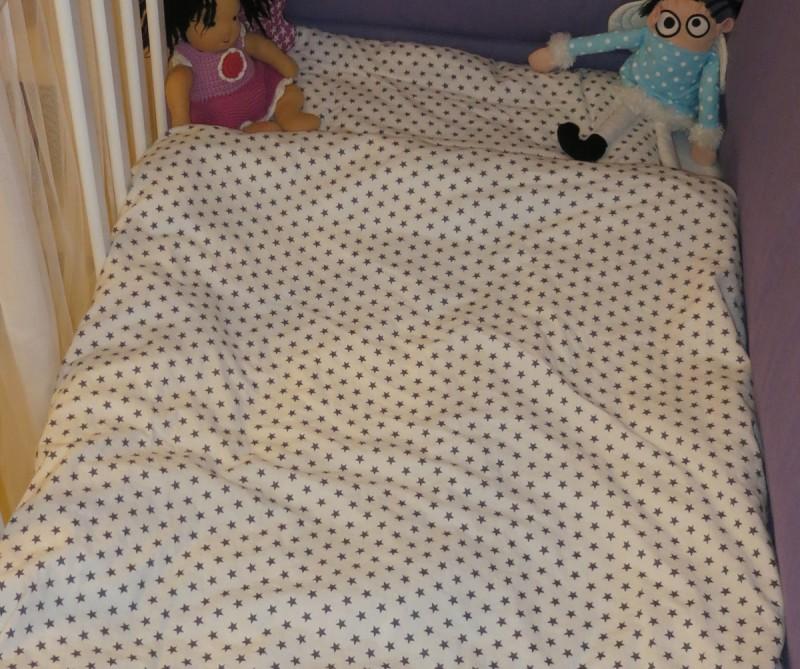 wundervolle kinderbettw sche graue sterne 100 x 135 cm oder 135 x 200 cm von sugarapple made. Black Bedroom Furniture Sets. Home Design Ideas