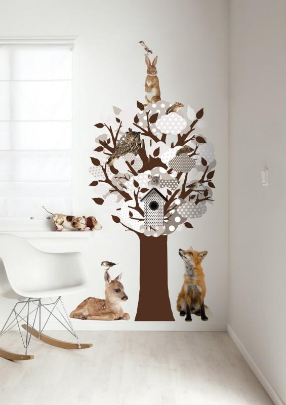 Baum Wandsticker mit Waldtieren, neutrales Grau / Braun