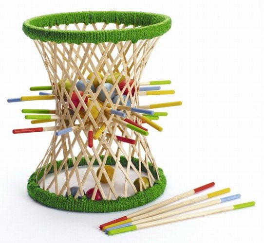 ausgefallenes geschicklichkeitsspiel aus bambus pallina 38 teile von hape. Black Bedroom Furniture Sets. Home Design Ideas