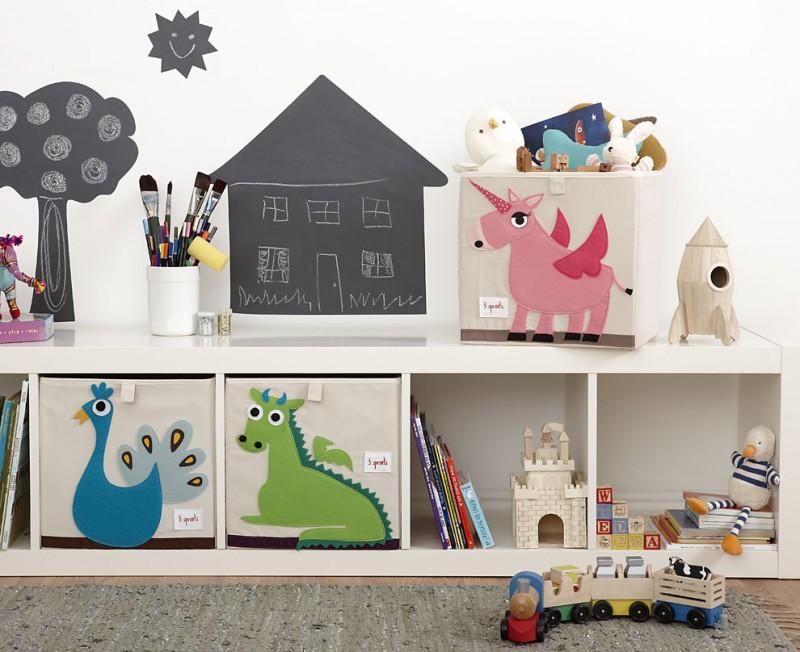 aufbewahrung im kinderzimmer mit spielzeugbox pfau 33 x 33x 33 cm von 3 sprouts. Black Bedroom Furniture Sets. Home Design Ideas