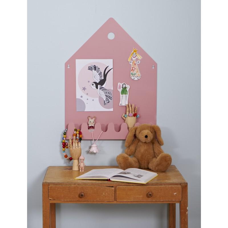 schicke magnettafel mit garderobe aus der serie village in pastell rosa von roommate. Black Bedroom Furniture Sets. Home Design Ideas